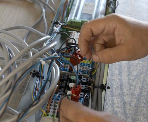 Handmontage eines Elektrozubehörs