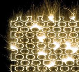 Schicht für Schicht werden beim Metall-Laserschmelzen metallische 3D-Strukturen aufgebaut (Bild: Concept Laser)
