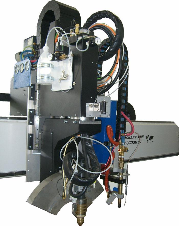 Plasmadrehaggregat mit Z-Achsen-Mechanik zur Abstandsregelung